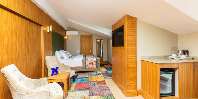 obelisk_hotel_loft_suites_3